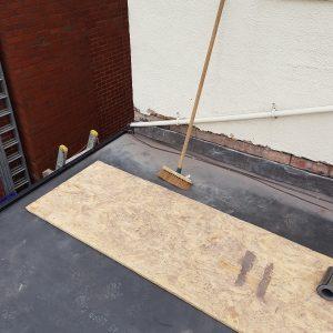 flat-roofer-30